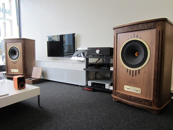 Accuphase Integrated